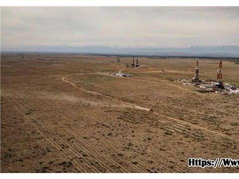 吉木萨尔页岩油 创新疆油田最长水平井新纪录