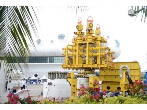 荣盛研制|国内首套水下应急封井装置 亮相深海能源大会装备展