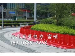 一块小小的红色挡水板就能引流城市内涝组合式挡水板
